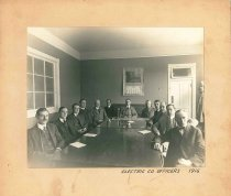 Image of 1989.2.1 - Electric Company Officers 1916