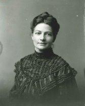 Image of 2009.15.1899 - Boyenton, Carrie