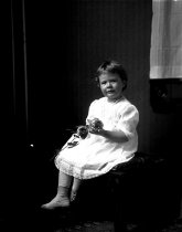 Image of 2009.15.1950 - Aery, Mrs., daughter of
