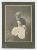 Image of 2015.22.20 - Unidentified man with infant