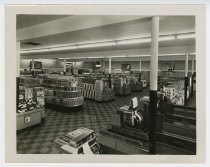 Image of 1966.93.1 - Interior of Colonial Store Wythe location