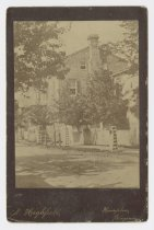 """Image of 1986.9.59 - Cabinet card photo of the """"Old Brick House"""""""
