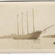 """Image of Launch of the schooner """"Blue Peter"""" in Camden, ME"""