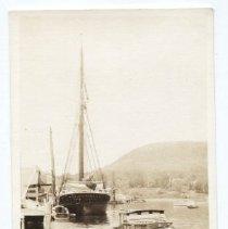 Image of Postcard - WHC 2010.41