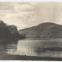 Image of Mirror Lake and Ragged Mountain in Rockport, Maine
