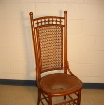 Image of 2002.3.004 - chair