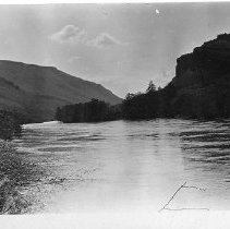 Image of Deschutes River, Central Oregon
