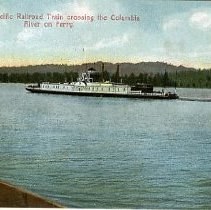 Image of Columbia River on ferry