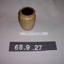 Image of 68.9.27 - crock