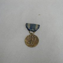 Image of 70.138.5 - medal