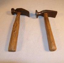 Image of 70.48.14 - cobbler's hammer