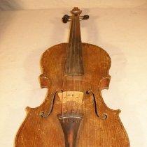Image of 77.133.2 - violin; bow