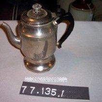 Image of 77.135.1 - coffee maker