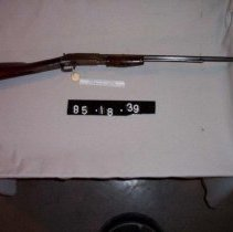 Image of 85.18.38 - rifle