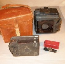 Image of 85.96.3 - camera and case