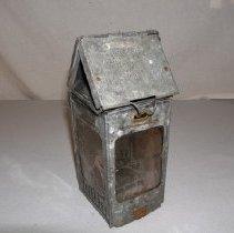 Image of 89.75.12 - candle lantern