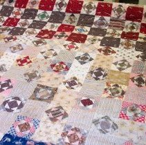 Image of 994.22.5 - quilt