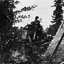Image of N10167 - REMARKS:A wreck on the O&SE Layng Bridge, ca. 1909.