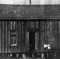 Image of Chalifoux logging camp house