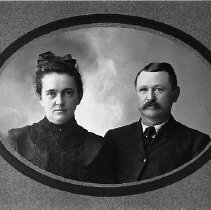 Image of N1054 - REMARKS:John T. and Anna Marie (Langenberg) Bryan.