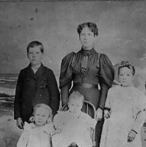 Image of Priscilla Stearns Brown & Chiildren