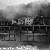 Image of Gardiner, Or from river