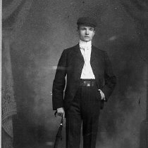 Image of N12365 - REMARKS:Leo Fritz, a clerk for the Commercial Hotel, Drain, Oregon.