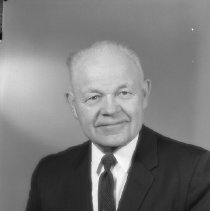 Image of N14625 - REMARKS:H.C. Berg, member of Kiwanis, Roseburg, OR. Dec. 28, 1960