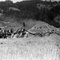 Image of Steam thresher