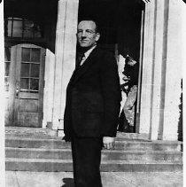 Image of N15951 LeRoy Hiatt, ca 1938