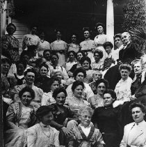 Image of N16085 - REMARKS:95' Mental Culture Club members, ca 1909. Large group of women in front of a house.