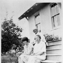 Image of N16868 - COUNT:2  REMARKS:Mr. and Mrs. Hugh Ritchie with their daughter, 1928.