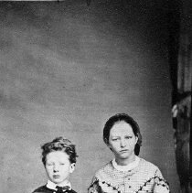 Image of N1712 - REMARKS:George Estes and mother, Mrs. Elijah (Susan Tade) Estes