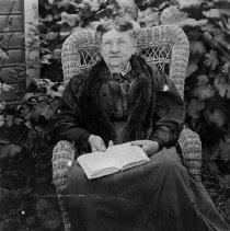 Image of N3477 - REMARKS:Mrs. W.H.B. Deardorff (Georgina Harty), DLC