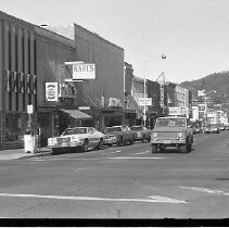 Image of N35.528 - REMARKS:Views of Oak and Jackson streets in downtown Roseburg, OR.
