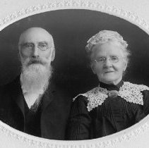 Image of N3741 - COUNT:2  REMARKS:Mr. & Mrs. D.S.K. (Janet Brown) Buick. Orig. DCM by H.O. Lewis, Jan. 2, 1905, Roseburg, Or.  OBJECT DATE:Jan. 2, 1905