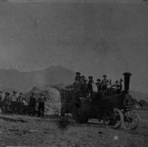 Image of N3994 - REMARKS:Kruse' steam threshing outfit ready to move after threshing on Deer Creek.
