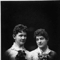 Image of N5821 - COUNT:2  PHOTOGRAPHER:H.D. GravesüRoseburg, OR  REMARKS:Two ladies. Left to right: Mrs. Joe Aiken and Mrs. Dee Aiken. Early 1890s.  OBJECT DATE:early 1890s