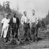 Image of N6202 - REMARKS:Charles Parazoo, Sr., Emma Parazoo, Paul Parazoo and Oliver Parazoo. South Myrtle Creek, Oregon, 1935.