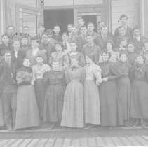 Image of N6291 - COUNT:2  REMARKS:Central Oregon State Normal School, Drain, Ore. Far right, second row, is Amy Ella Eccleston.