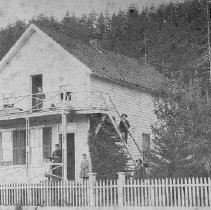 Image of House in Gardiner