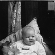Image of N7142 - REMARKS:Jessie Wana McCollum; three months of age, weighed 16 3/4 pounds. Sutherlin, Oregon, July 23, 1915.
