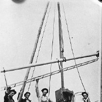 Image of SP crew erecting block signal, @1915