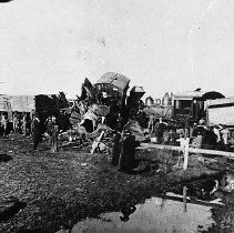 Image of N8173 - REMARKS:Rear end collision at Grants Pass yard, 1906. Engineer Frank Kinney and Fireman John Barger on leading locomotive. Engineer Mervin V. Crocker, engineer on Engine 2192, Train No. 16. Fireman John Barger killed in this wreck.