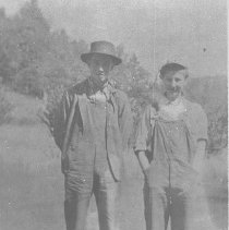 Image of N6053 - REMARKS:Children of Robert and Catherine (Bacon) Farnsworth: Stanley Farnsworth (left) and Sybil Farnsworth (right).
