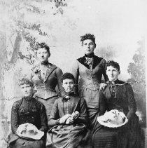 Image of The Dimmick women