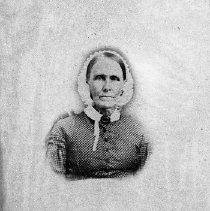 Image of N8667 - REMARKS:Unidentified lady; the parent of C.B. or Abbie Hill Staples.