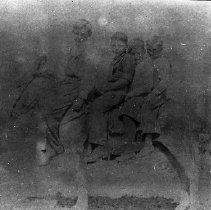 Image of N9695 - REMARKS:4 children on Matthew Thorp Dawson's mule, Tiger.