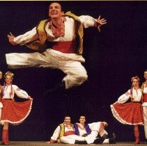 Image of Frula Folk dancing