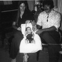 Image of Janice & Bill Dysinger & baby